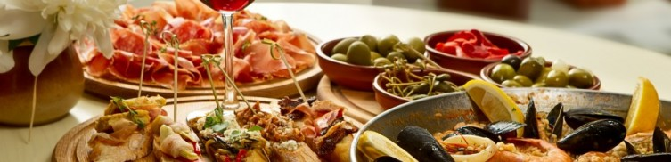 Italian cuisine in traditions   Leonardo Bansko