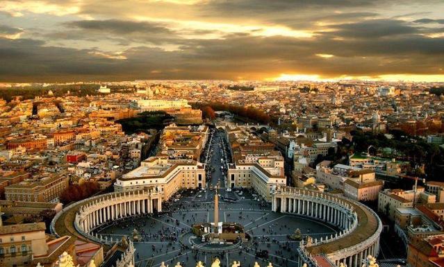 Снимка на Ватикана в Рим | Leonardo Bansko