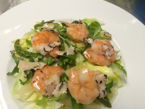 SALAD WITH SHRIMP, ASPARGI AND BLACK TRUFFLE